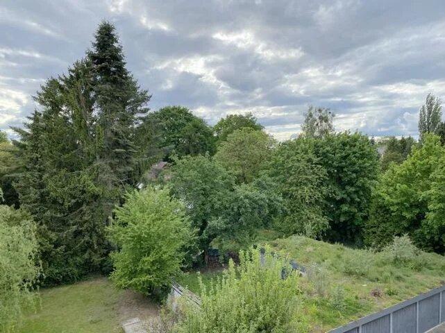 Maisonette mit Balkon im Grünen